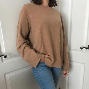 Long sleeve camel knit sweater